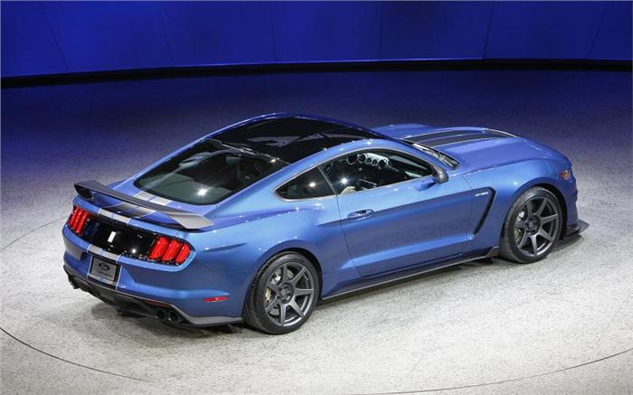 Ford Mustan GT350R photos 2