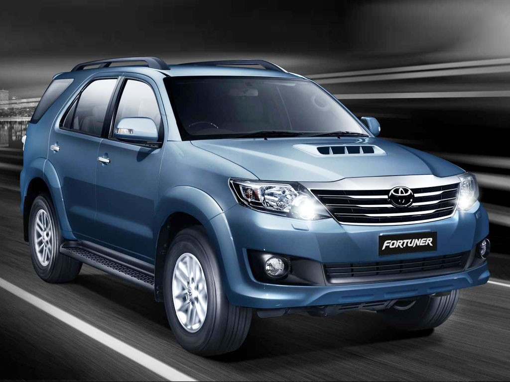 The New Toyota Fortuner 2 5l In India At 24 44 Lakhs Gaadikey Blog