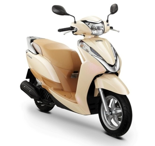 honda pcx 150 and honda lead 125cc new scooters by honda gaadikey. Black Bedroom Furniture Sets. Home Design Ideas