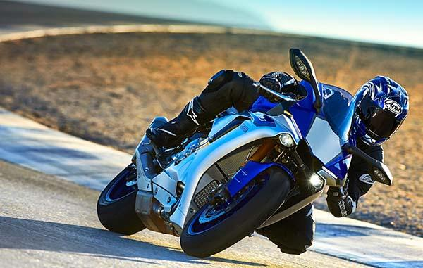 Yamaha R1 India launch