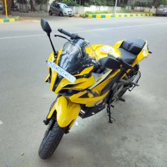 Half of the Bajaj Pulsar RS200 Bookings were for ABS variant