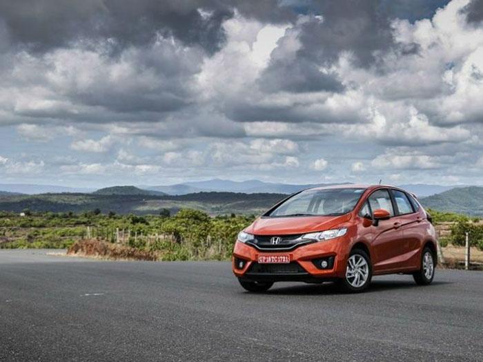 2015-Honda-Jazz-Bookings
