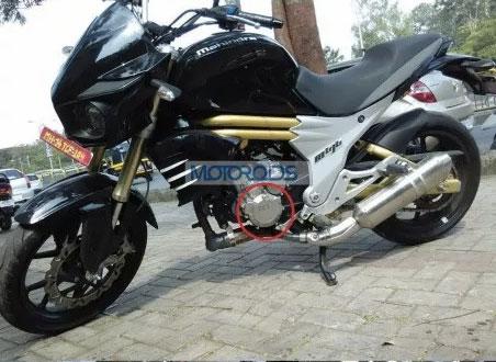 Mahindra-Mojo-300cc-Bike