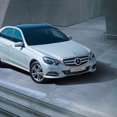 Mercedes Benz introduces new MY 16 E-Class in India on account of E-Class' global sales anniversary;