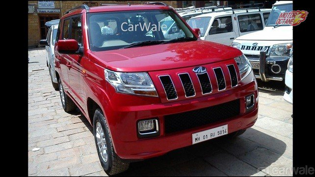Mahindra TUV300 Photo 3