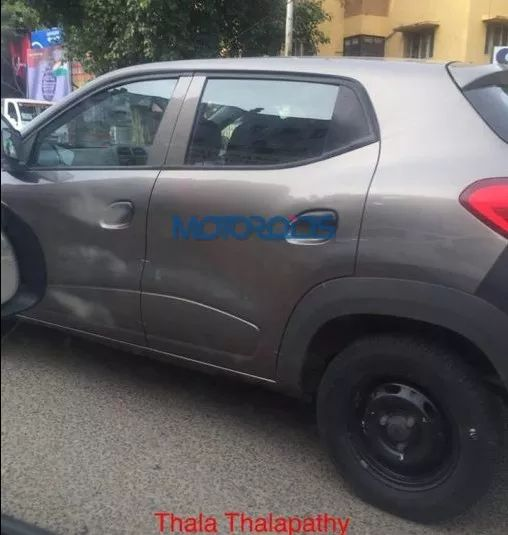 Renault Kwid Side View_result