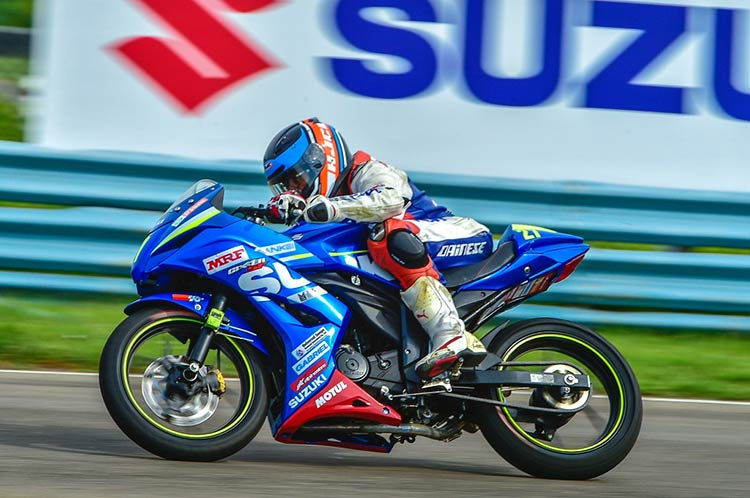 Suzuki Gixxer Sales in October 2015
