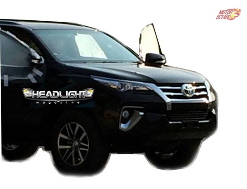Next Generation Toyota Fortuner Front spotted