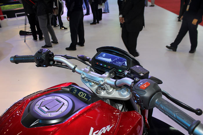 Pulsar CS400 - Next big launch from Bajaj - GaadiKey
