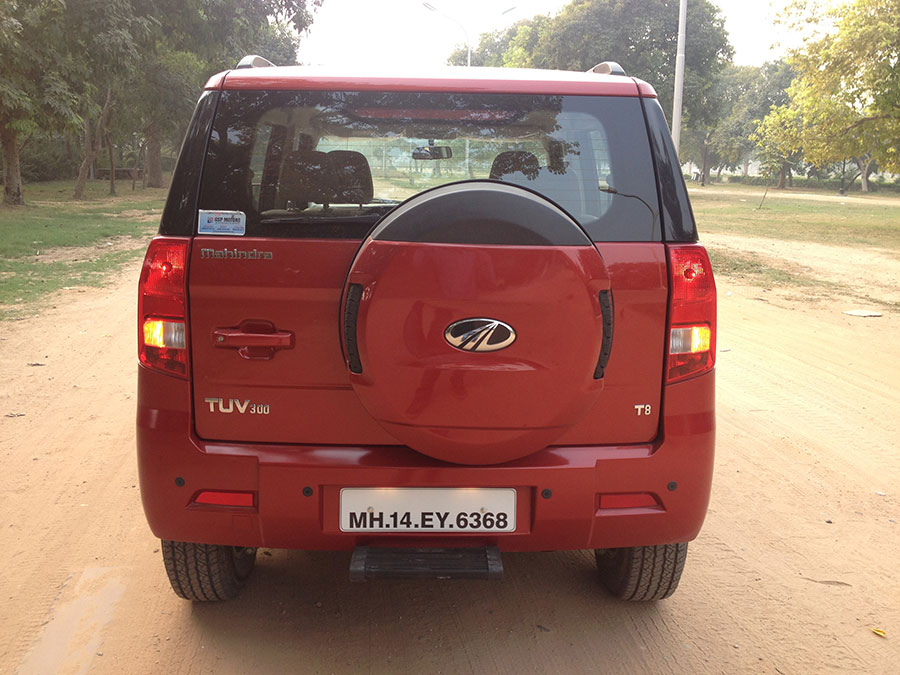 Mahindra TUV300 Rear - Boot Space