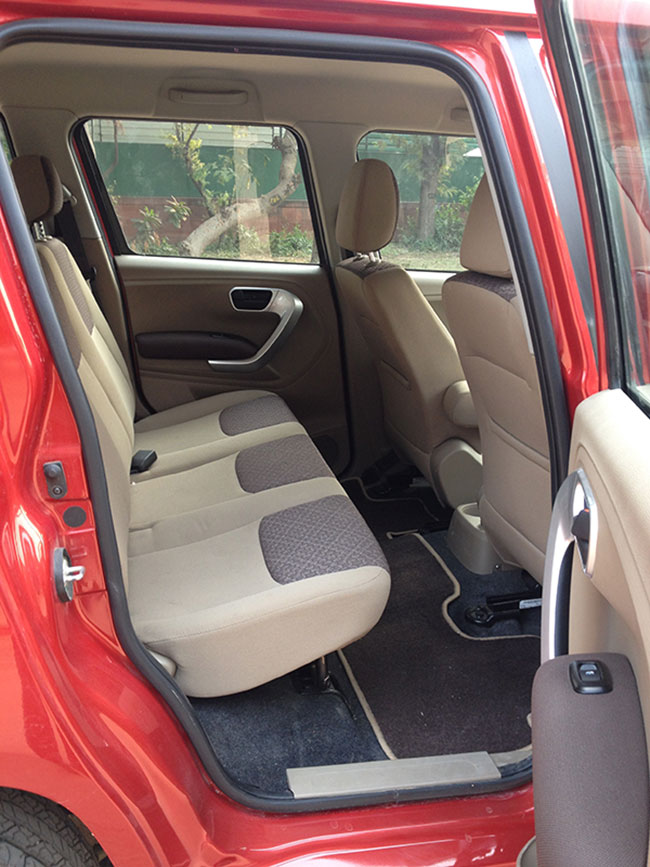 Mahindra TUV300 Rear Seats