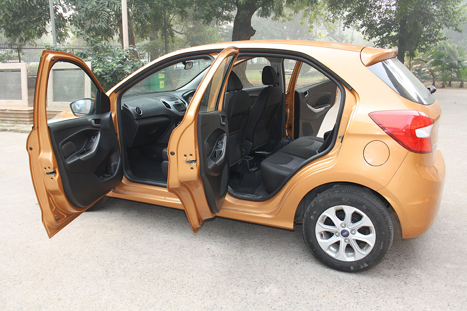 Ford-Figo-open-doors