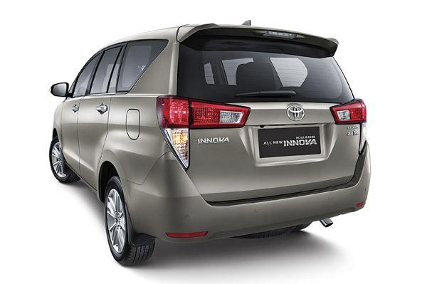 New Toyota Innova Photo 3