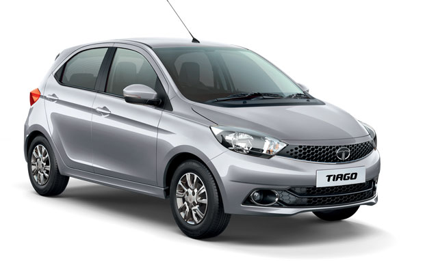 Tata Tiago in Platinum Silver Color