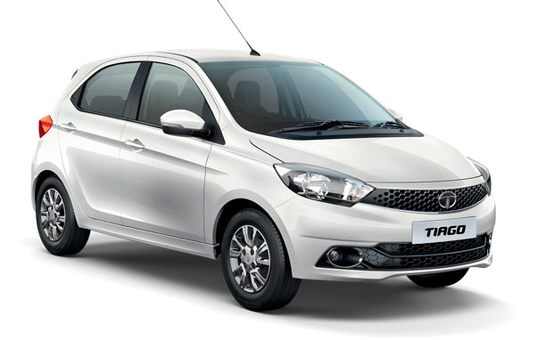 Tata Tiago in White Color (Pearlescent-White)