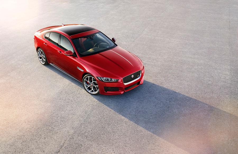 Jaguar-XE_2