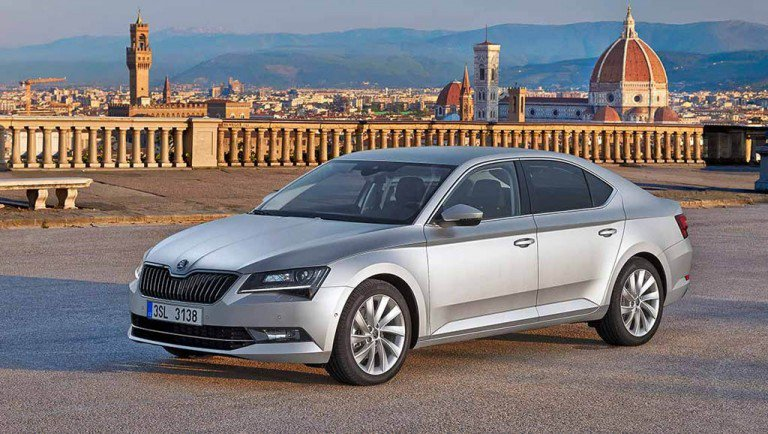 2016 New Skoda Superb Launched in India