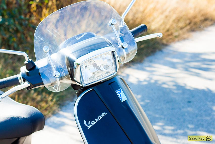 Vespa-SXL-with-Visor