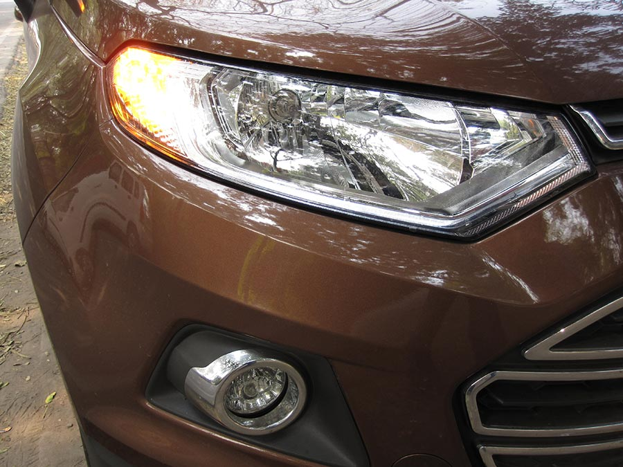 New-Ford-EcoSport-Headlamp