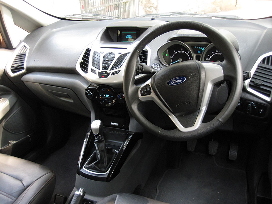 New-Ford-EcoSport-Interior-1
