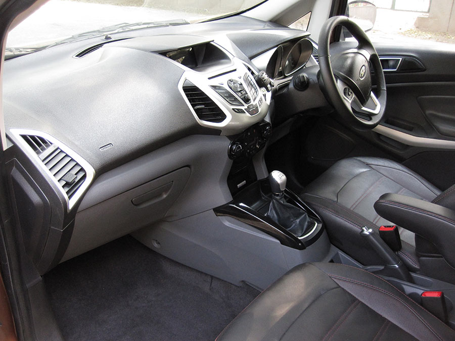 New-Ford-EcoSport-Interior-2