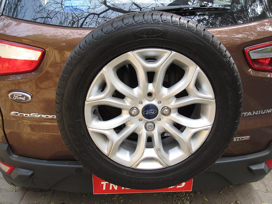 New-Ford-EcoSport-Rear-Tyre