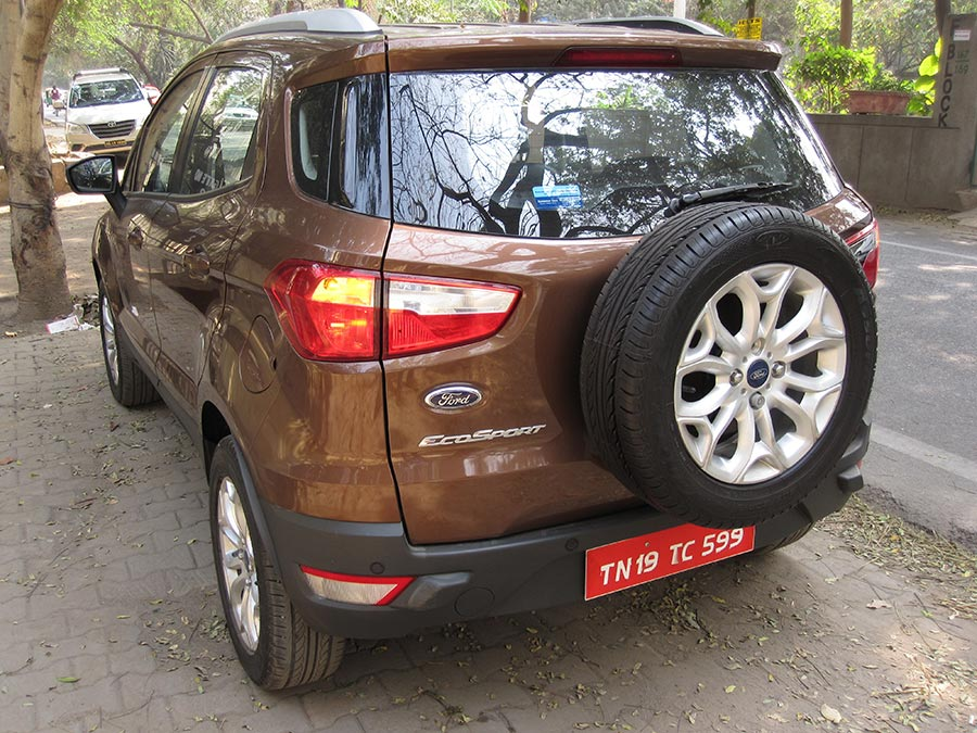 New-Ford-EcoSport-Side-Rear