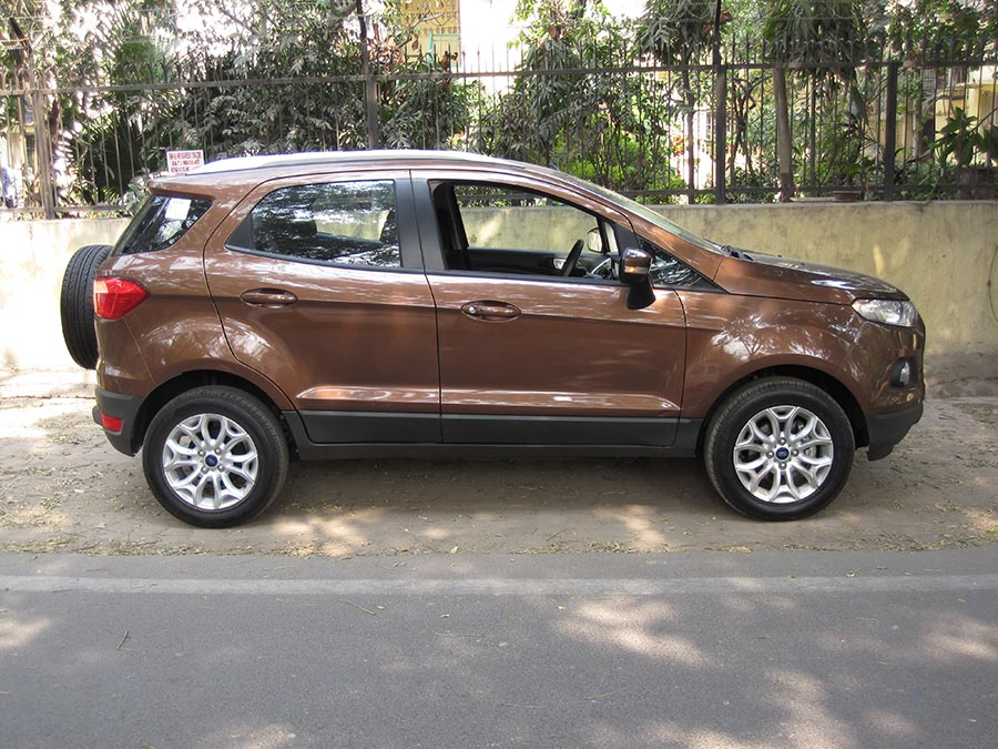 New-Ford-EcoSport-Side-View