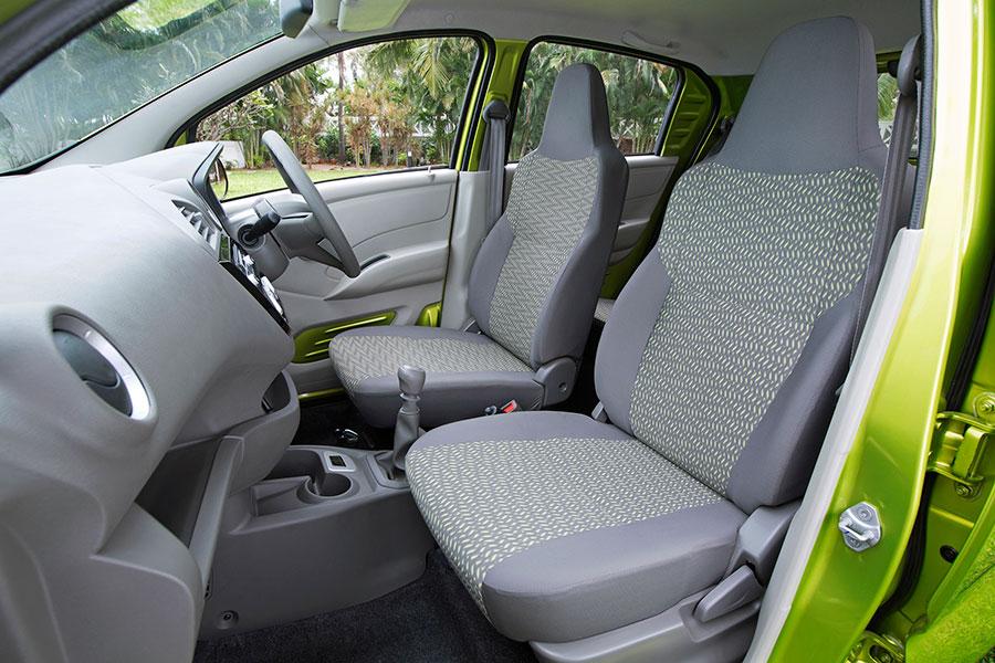 Exclusive Photos of Datsun RediGO; Interiors and Exteriors ...