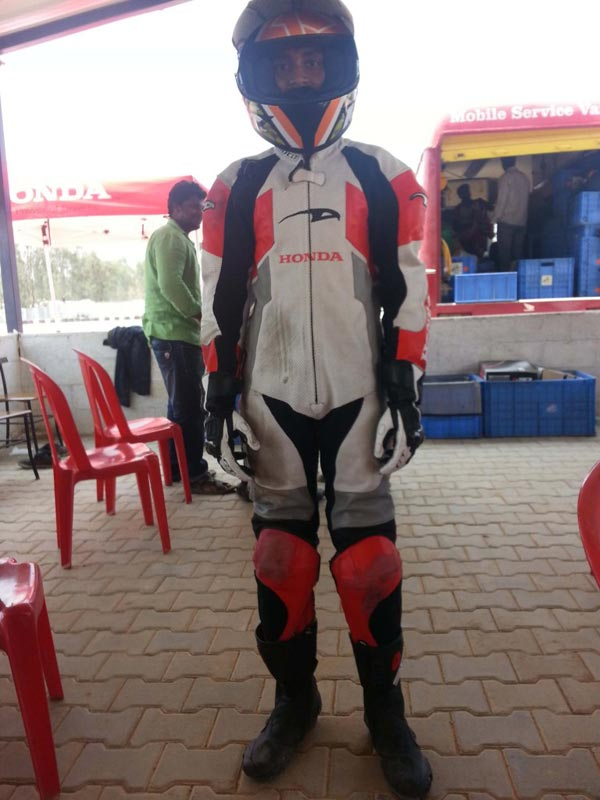 2-Gautam-on-Riding-Gear-Gaa