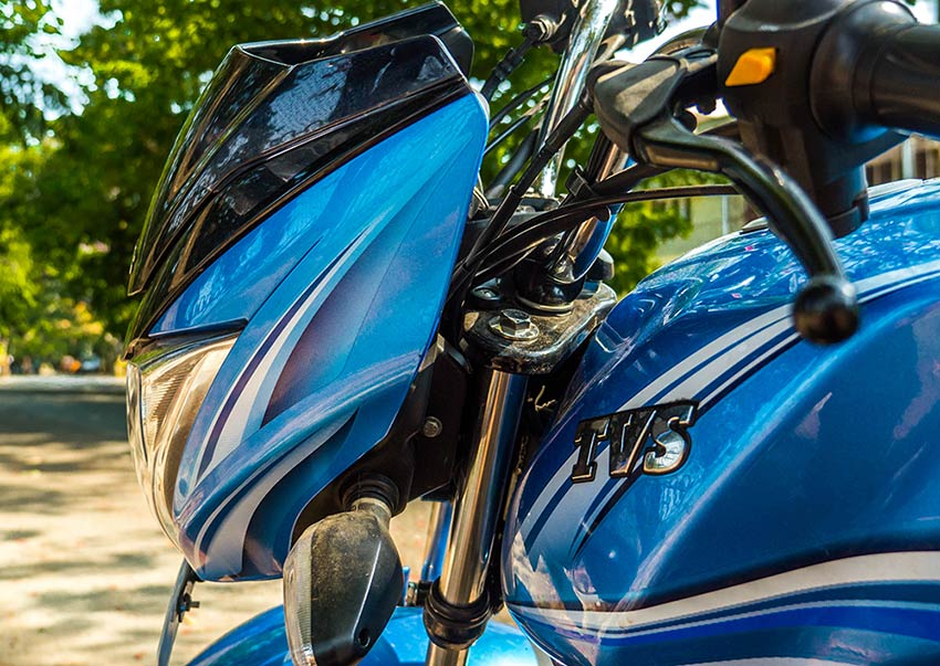 New-TVS-Victor-Side-View-Headlamps