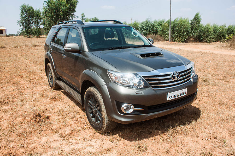 Toyota-Fortuner-Front-Angle-2