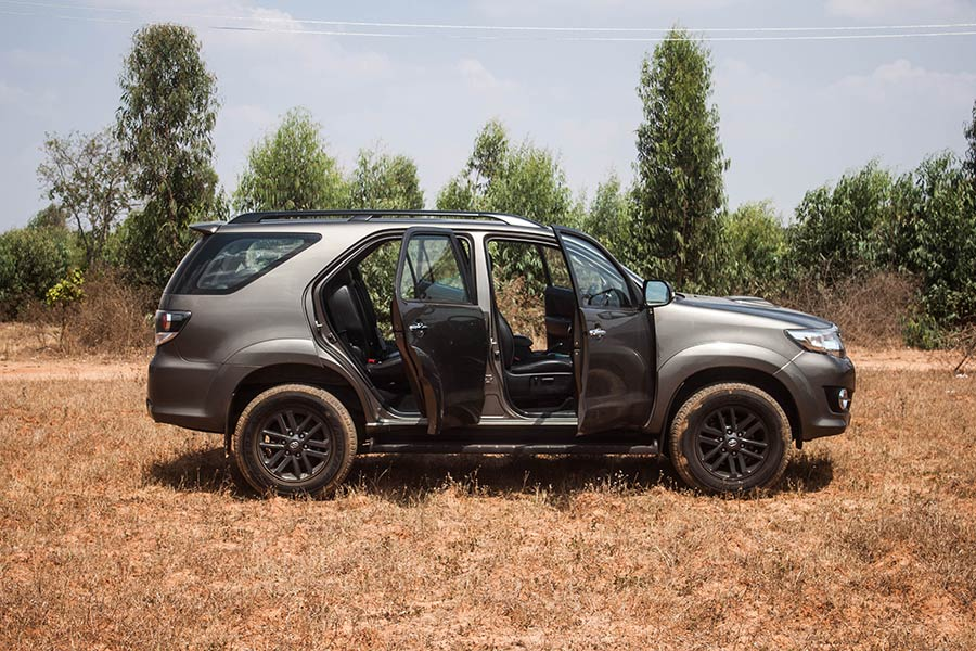 Toyota-Fortuner-with-doors-open