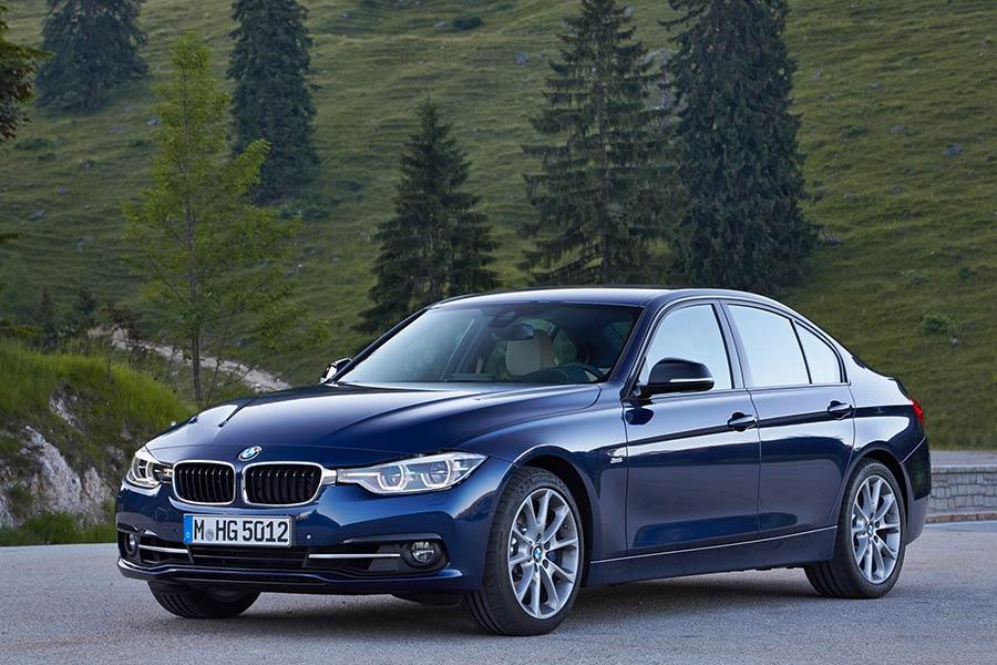 New BMW 320i