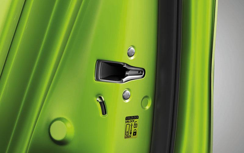 New-Maruti-Alto-800-Rear-Child-Locker