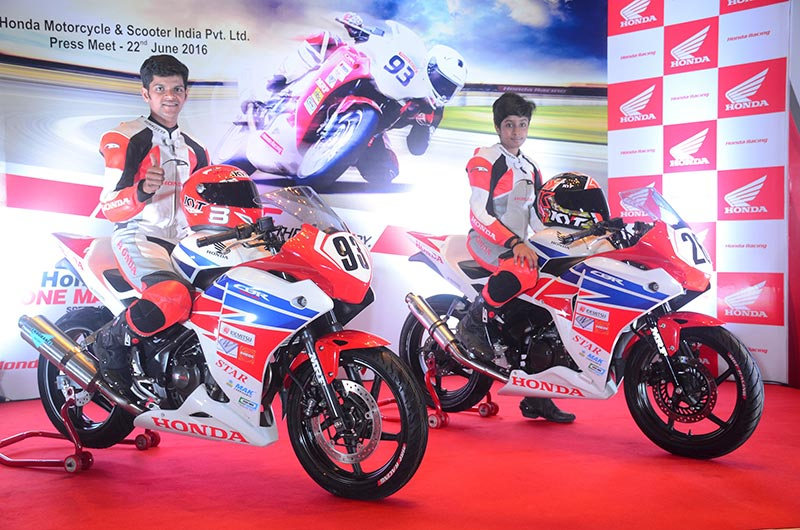 Honda-unveils-new-race-prepped-CBR-250R-and-CBR-150R-for-2016-season