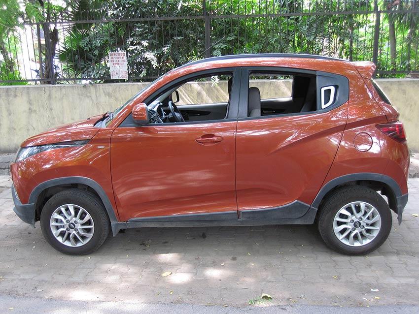 Mahindra KUV100 Sideview