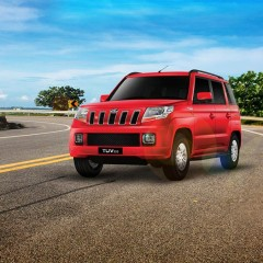 Mahindra Auto Sector Sells 42714 vehicles in February 2017
