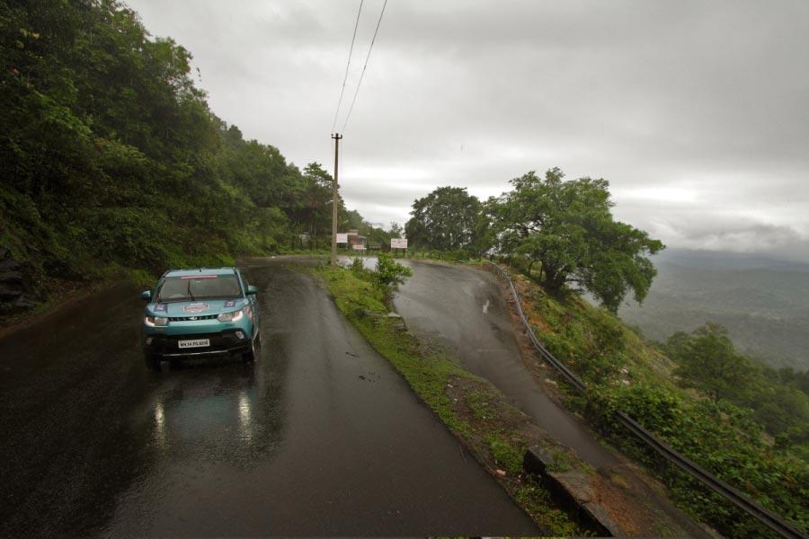 Mahindra Adventure 4