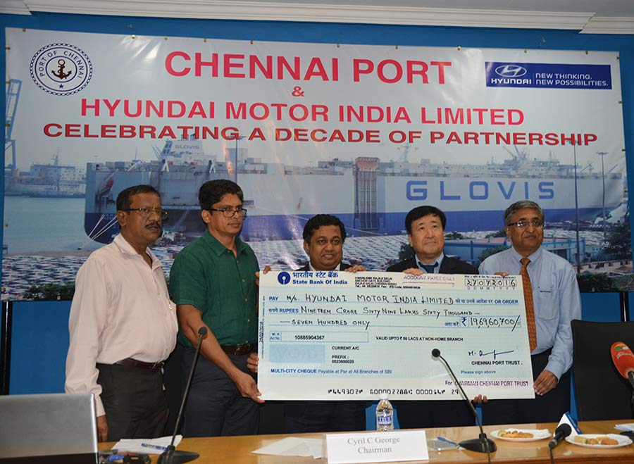 Chennai-Port-2-Million-Hyundai-Cars