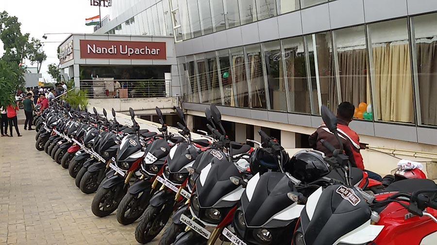 10-Mojo-Riders-Nandi-Upchar