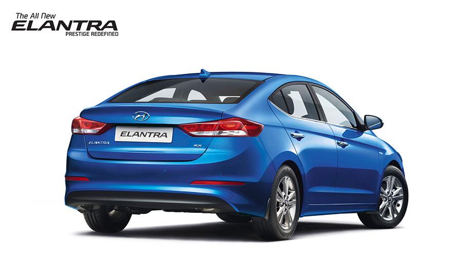 2016-Hyundai-Elantra-Rear-Angle
