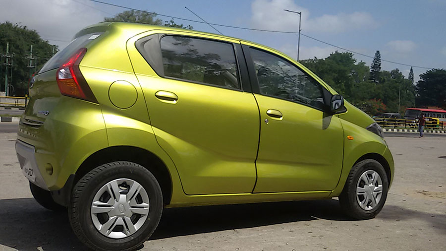 Datsun Redigo right sideview