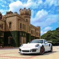 Porsche unveils iconic 911 GT3 RS in India