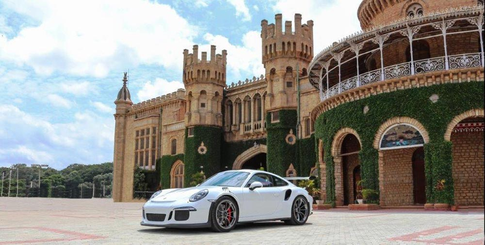 Photos of Porsche 911 GT3 in India