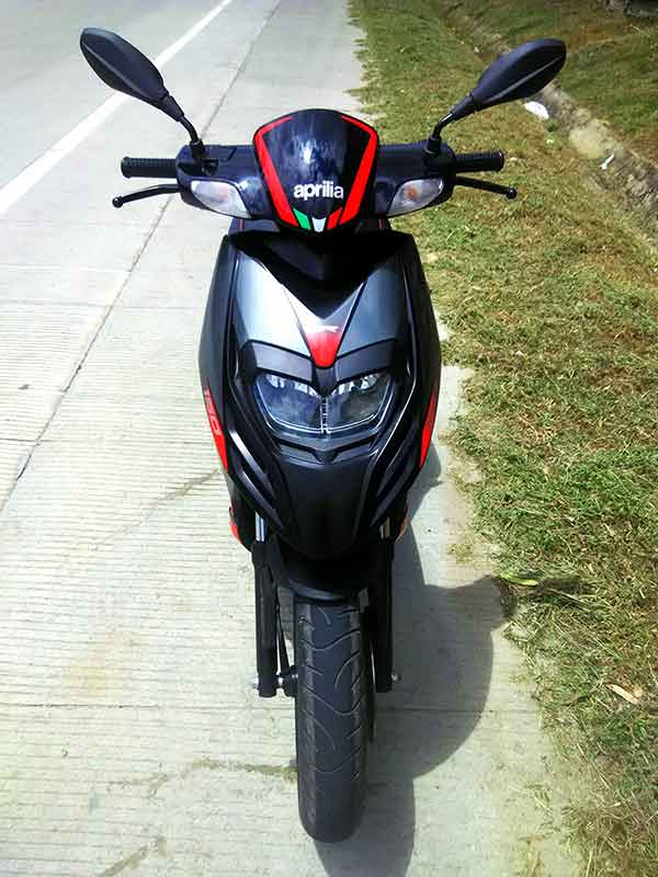 Aprilia SR 150 Design and Features Front View