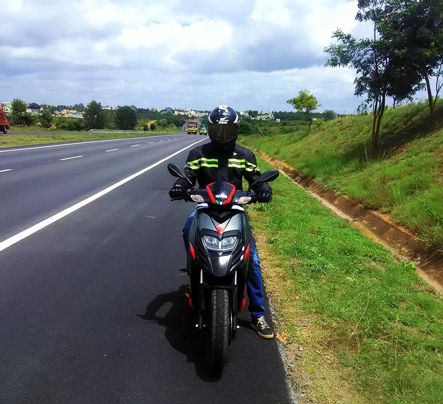 aprilia-sr-150-rider-and-pillion-comfort