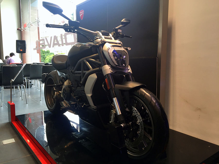 Ducati XDiavel Matt Black Design