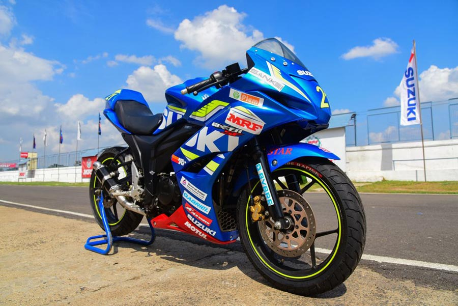 Suzuki-Gixxer-SF-Race-2