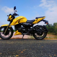 2017 TVS Apache RTR 200 FI ABS Spotted at Dealership
